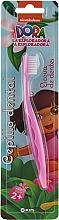 """Духи, Парфюмерия, косметика Детская зубная щетка """"Даша путешественница"""", розовая - Kin Kid's Dora The Explorer Toothbrush"""