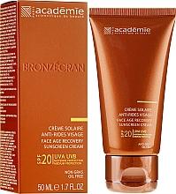 Духи, Парфюмерия, косметика Солнцезащитный регенерирующий крем SPF 20+ - Academie Bronzecran Face Age Recovery Sunscreen Cream