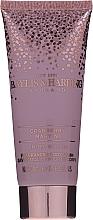 Набор - Baylis & Harding Cranberry Martini Limited Edition Set (sh/gel/100ml + h/b/lot/100ml + b/spritz/100ml + bag) — фото N4