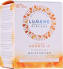 Духи, Парфюмерия, косметика Увлажняющий дневной крем для сияния кожи - Lumene Valo Glow Reveal