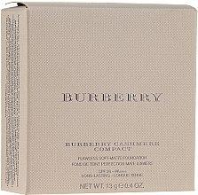 Духи, Парфюмерия, косметика Компактная пудра-основа для лица - Burberry Cashmere Compact