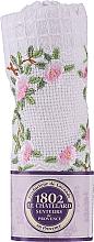 Духи, Парфюмерия, косметика Хлопковое белое полотенце для рук с вышитой веточкой роз - Le Chatelard 1802