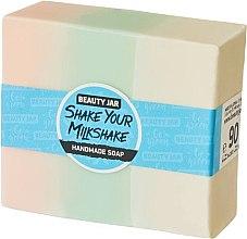 Духи, Парфюмерия, косметика Глицериновое мыло с ароматом клубники со сливками - Beauty Jar Shake Your Milkshake Handmade Soap