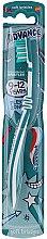 Духи, Парфюмерия, косметика Детская зубная щетка, 9-12 лет, бело-бирюзовая - Aquafresh Advance Soft Bristles