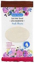 Духи, Парфюмерия, косметика Влажное с ароматом живых цветов - Belle Nature Soft Wet Towel