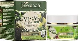 Духи, Парфюмерия, косметика Крем для смешанной и жирной кожи - Bielenda Vege Skin Diet