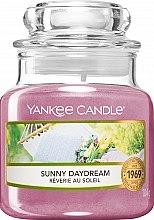 Духи, Парфюмерия, косметика Ароматическая свеча - Yankee Candle Sunny Daydream