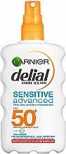 Духи, Парфюмерия, косметика Солнцезащитный спрей для чувствительной кожи - Garnier Delial Ambre Solaire Advanced Sensitive Sunscreen Spray SPF50