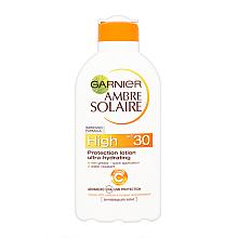 Духи, Парфюмерия, косметика Солнцезащитное молочко SPF 30 - Garnier Ambre Solaire